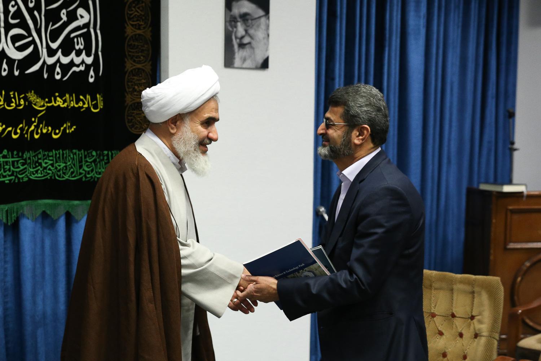 دیدار  با نماینده ولی فقیه و امام جمعه قزوین